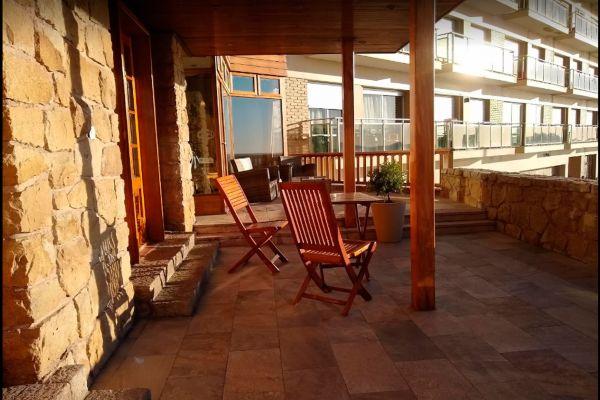 terraza-w9E932150-0979-62A6-FEB2-8CB23576705E.jpg